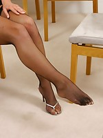 foot nylon women